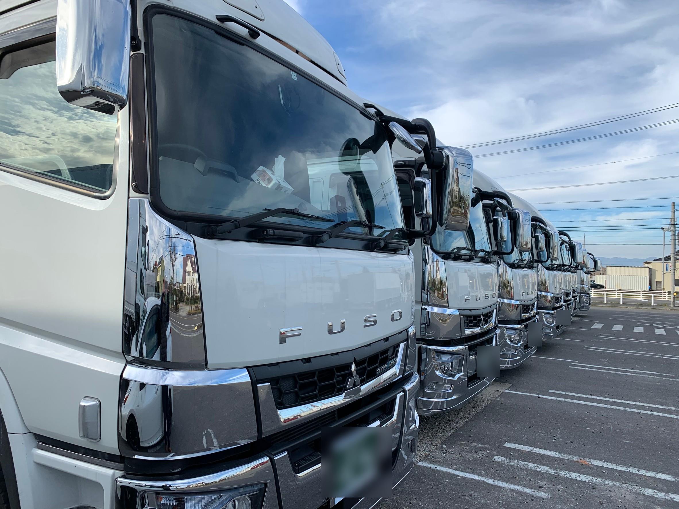 トラック運転手の方必見!高収入が期待できる運送会社です!